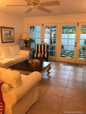 2 Bedrooms, Beverly Heights Rental in Miami, FL for $3,200 - Photo 2
