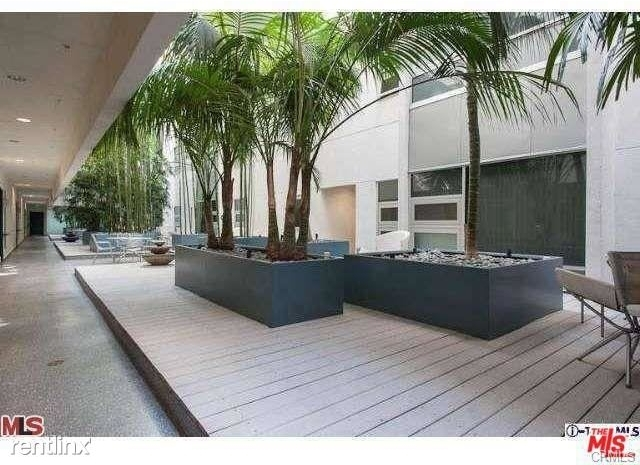 2 Bedrooms, Financial District Rental in Los Angeles, CA for $2,800 - Photo 2