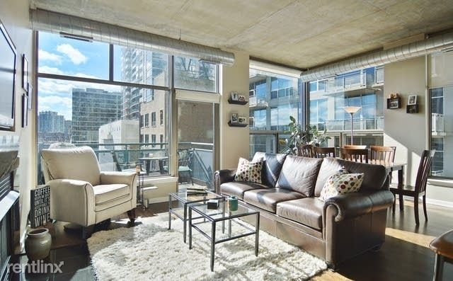 2 Bedrooms, Soldier Field Complex Rental in Chicago, IL for $3,200 - Photo 2