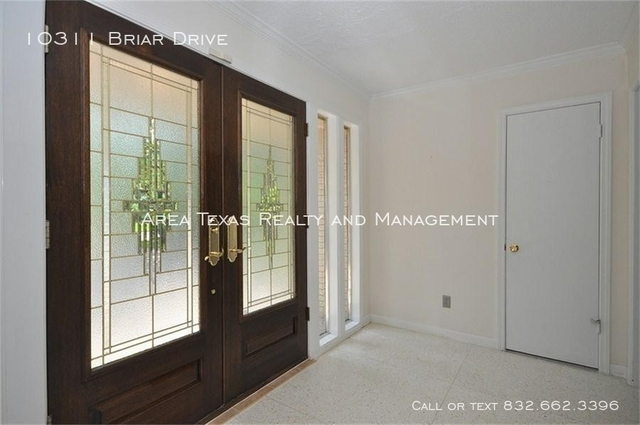 3 Bedrooms, Briargrove Park Rental in Houston for $3,700 - Photo 2