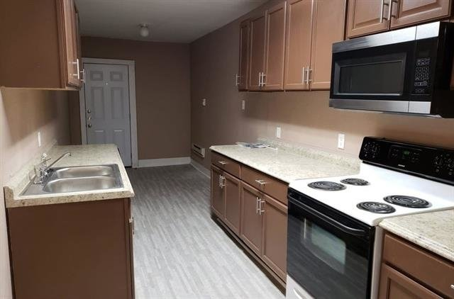2 Bedrooms, Southland Rental in Dallas for $900 - Photo 2