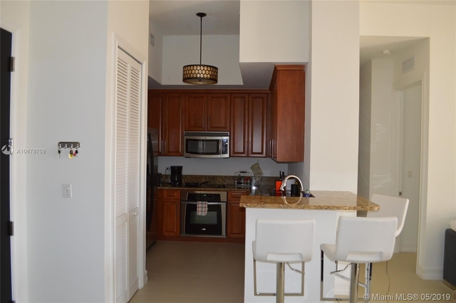 2 Bedrooms, Coral Gables Section Rental in Miami, FL for $2,600 - Photo 2