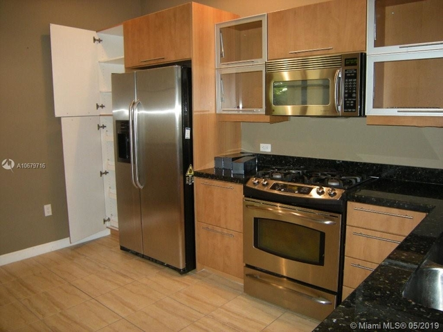 2 Bedrooms, Sawgrass Lakes Rental in Miami, FL for $1,850 - Photo 1