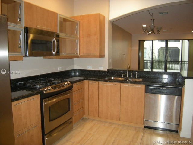 2 Bedrooms, Sawgrass Lakes Rental in Miami, FL for $1,850 - Photo 2