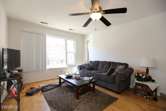 3 Bedrooms, Ukrainian Village Rental in Chicago, IL for $2,300 - Photo 2