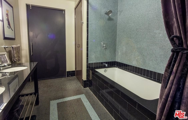 Studio, Central Hollywood Rental in Los Angeles, CA for $3,100 - Photo 2