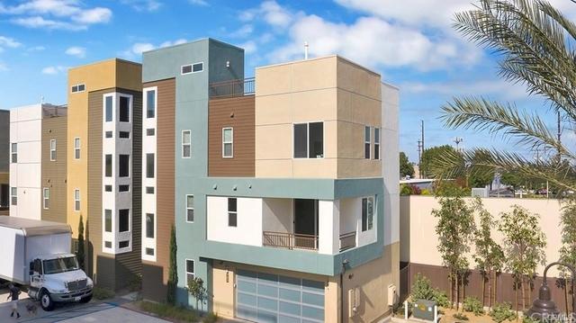 3 Bedrooms, Westside Costa Mesa Rental in Los Angeles, CA for $4,600 - Photo 1
