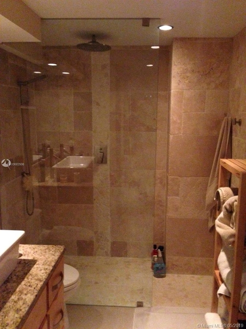 1 Bedroom, Millionaire's Row Rental in Miami, FL for $2,200 - Photo 2