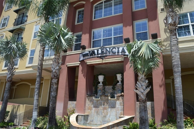 2 Bedrooms, The Valencia Condominiums Rental in Houston for $2,200 - Photo 1