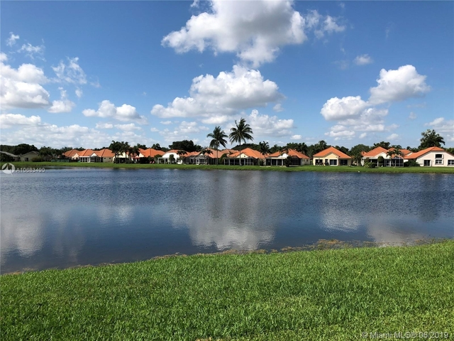 3 Bedrooms, Forest Ridge Rental in Miami, FL for $2,600 - Photo 1