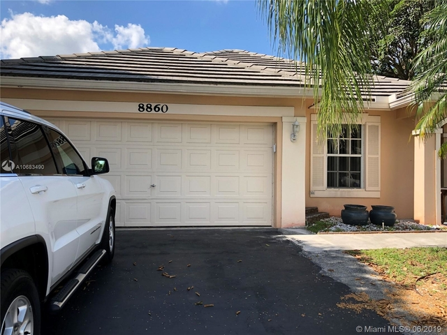 3 Bedrooms, Forest Ridge Rental in Miami, FL for $2,600 - Photo 2