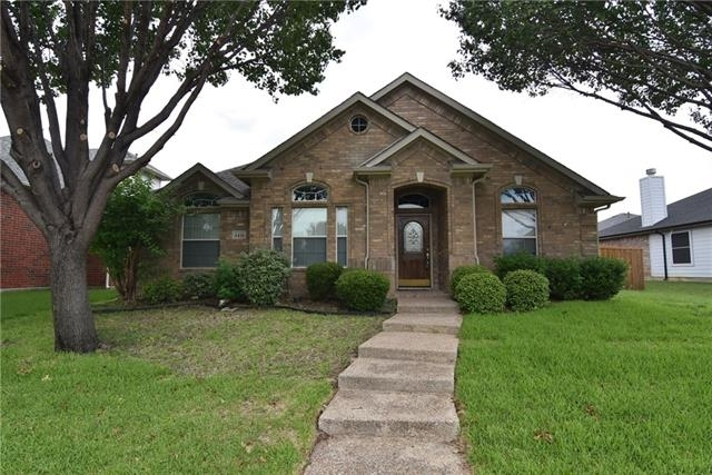 3 Bedrooms, Legend Crest Rental in Dallas for $1,875 - Photo 1