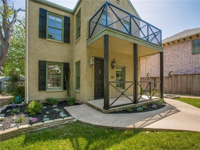 3 Bedrooms, North Hi Mount Rental in Dallas for $2,850 - Photo 2