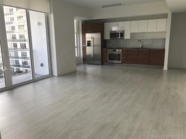 1 Bedroom, Goldcourt Rental in Miami, FL for $2,150 - Photo 2