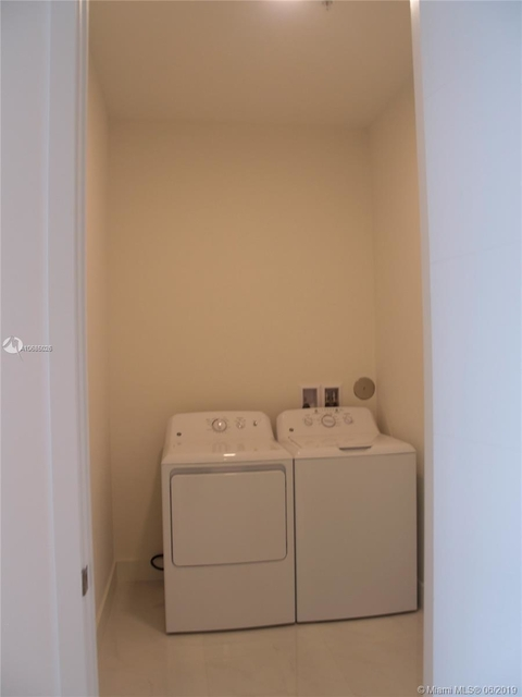 1 Bedroom, Industrial Section Rental in Miami, FL for $2,200 - Photo 2