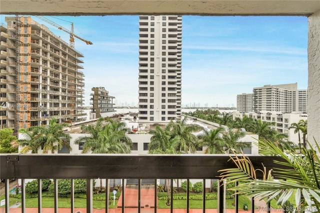 2 Bedrooms, West Avenue Rental in Miami, FL for $2,500 - Photo 1