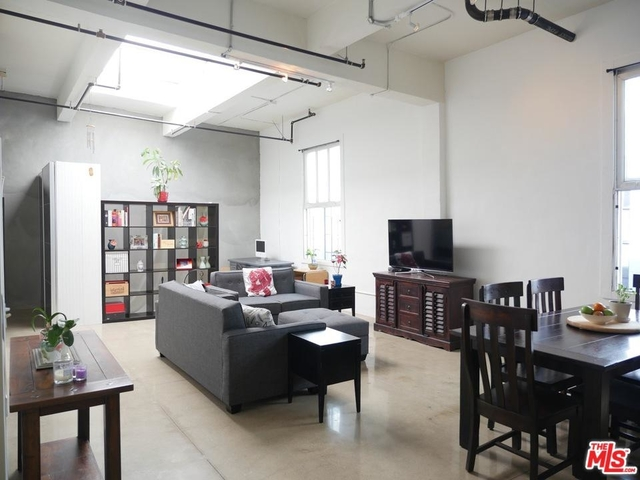 Studio, Fashion District Rental in Los Angeles, CA for $2,500 - Photo 1