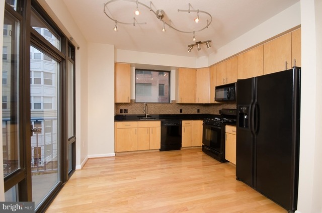 1 Bedroom, Mount Vernon Square Rental in Washington, DC for $2,650 - Photo 1