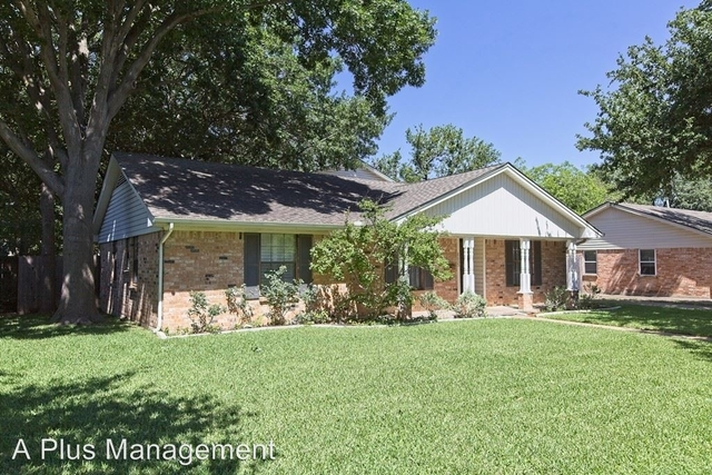 4 Bedrooms, Highland Meadows Rental in Dallas for $2,400 - Photo 2