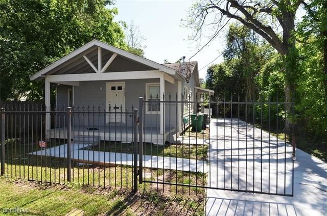 3 Bedrooms, Silverdale Rental in Houston for $1,895 - Photo 1