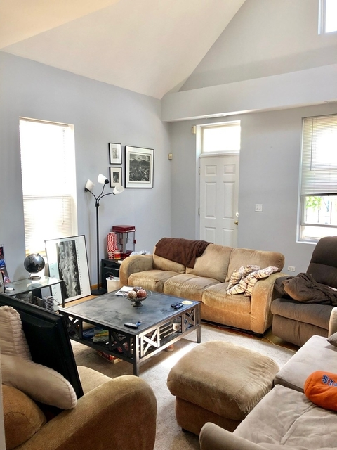 3 Bedrooms, Bucktown Rental in Chicago, IL for $2,900 - Photo 2
