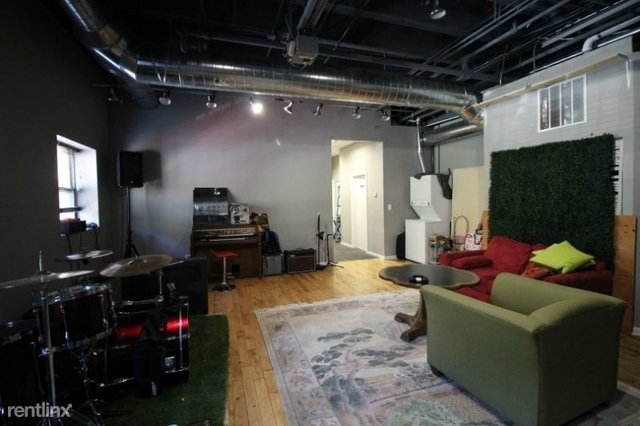 4 Bedrooms, North Center Rental in Chicago, IL for $3,200 - Photo 2
