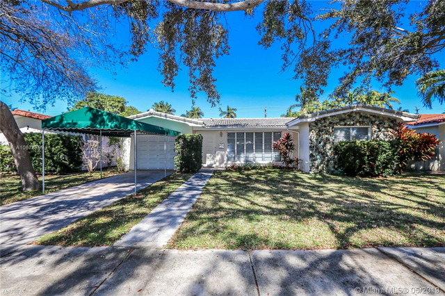 3 Bedrooms, Hollywood Lakes Rental in Miami, FL for $2,650 - Photo 1