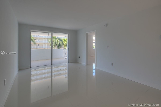 2 Bedrooms, Belle View Rental in Miami, FL for $2,200 - Photo 1