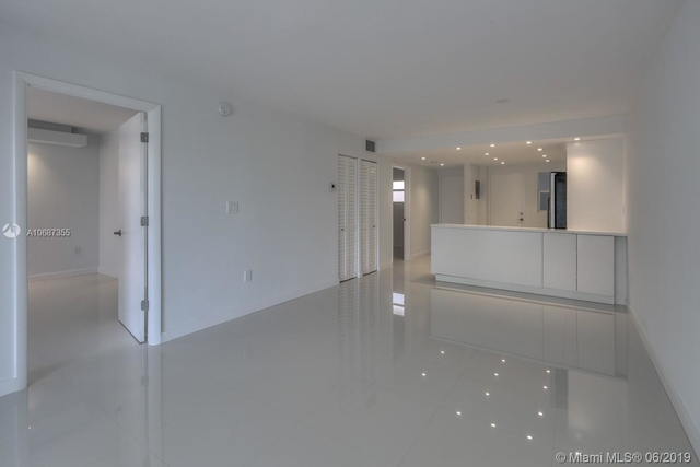2 Bedrooms, Belle View Rental in Miami, FL for $2,200 - Photo 2