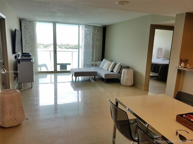 2 Bedrooms, Fleetwood Rental in Miami, FL for $3,600 - Photo 2