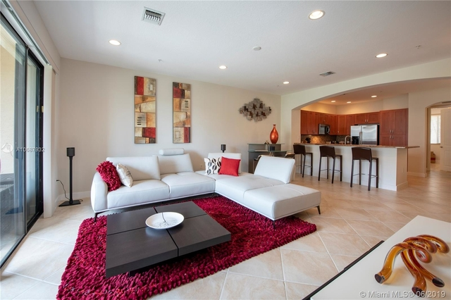 2 Bedrooms, Sawgrass Lakes Rental in Miami, FL for $2,450 - Photo 1
