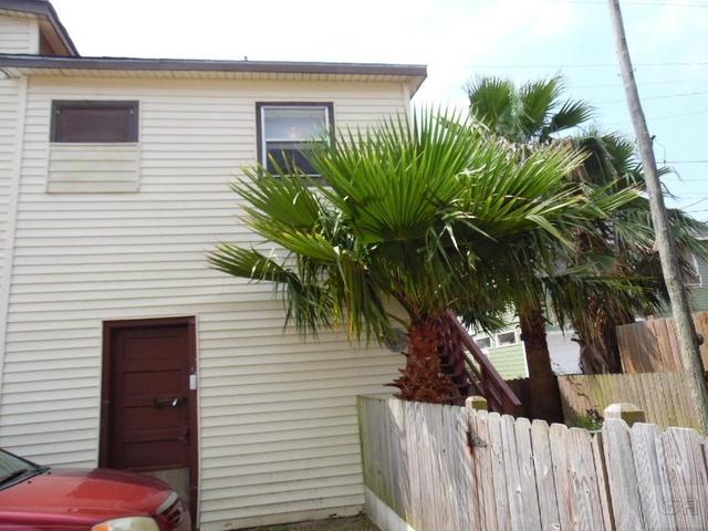 1 Bedroom, Downtown Galveston Rental in Houston for $700 - Photo 2