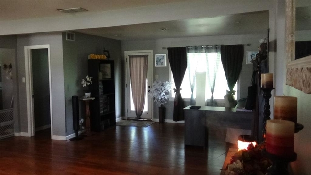 3 Bedrooms, Belknap Rental in Houston for $1,350 - Photo 2