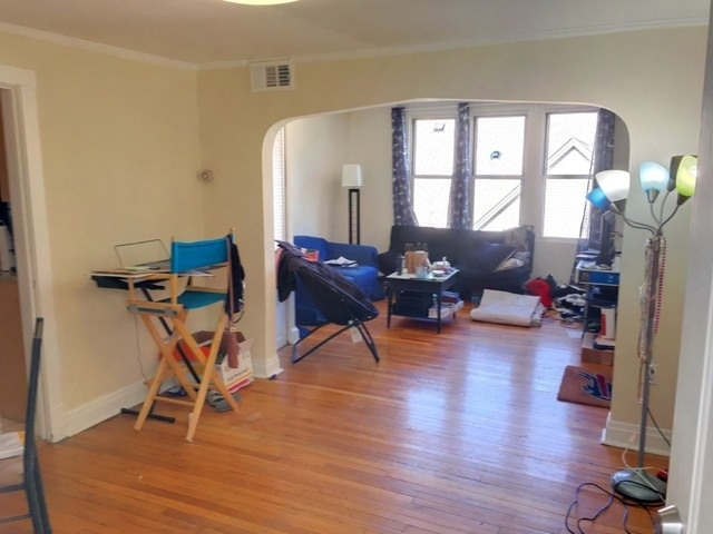 2 Bedrooms, Uptown Rental in Chicago, IL for $1,500 - Photo 2