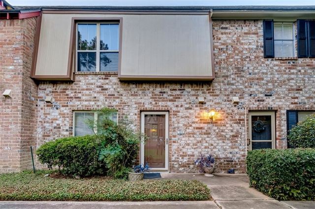 3 Bedrooms, London Townhome Rental in Houston for $1,600 - Photo 1