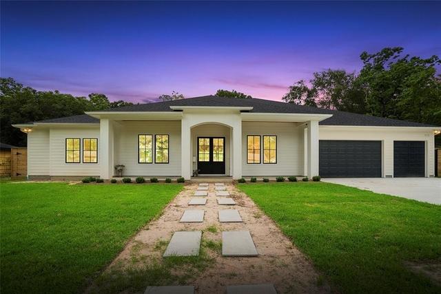 5 Bedrooms, Spring Branch Gardens Rental in Houston for $5,900 - Photo 2