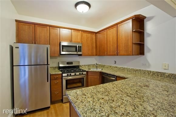 1 Bedroom, Gold Coast Rental in Chicago, IL for $1,960 - Photo 2
