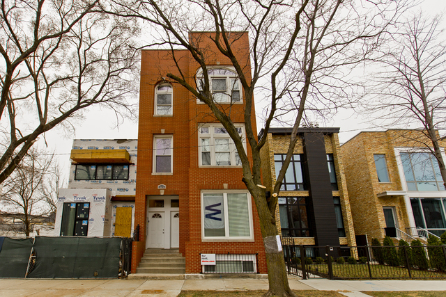 2 Bedrooms, West Town Rental in Chicago, IL for $2,100 - Photo 1