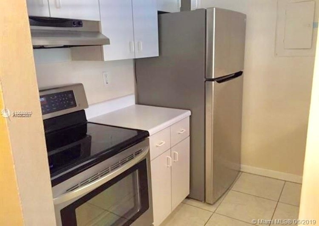 1 Bedroom, Coral Way Rental in Miami, FL for $1,400 - Photo 1