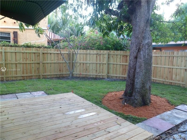 3 Bedrooms, Beverly Heights Rental in Miami, FL for $2,985 - Photo 2
