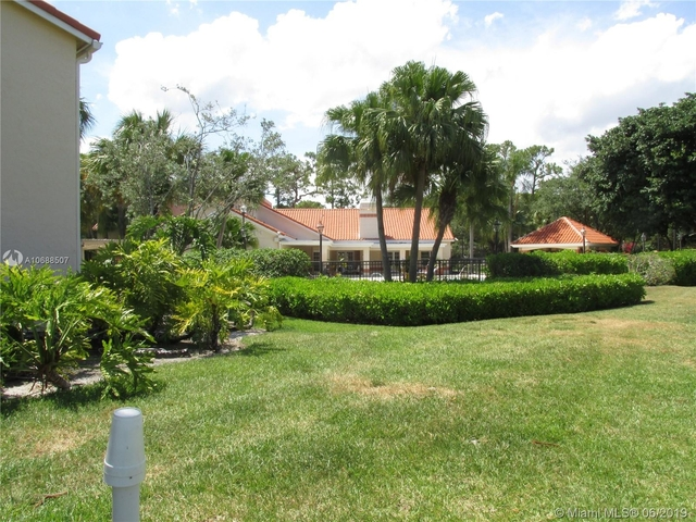 1 Bedroom, Holiday Springs Village Rental in Miami, FL for $1,450 - Photo 2