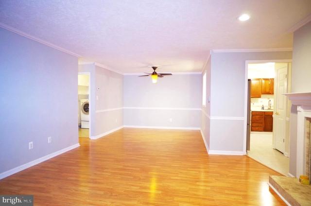 2 Bedrooms, Oakton Rental in Washington, DC for $1,950 - Photo 2