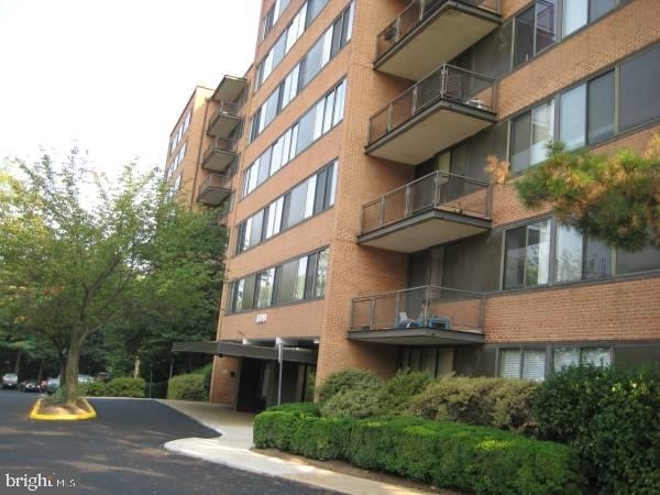 2 Bedrooms, Waverly Hills Rental in Washington, DC for $1,995 - Photo 1