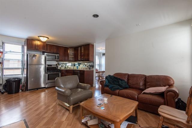3 Bedrooms, West De Paul Rental in Chicago, IL for $2,775 - Photo 2