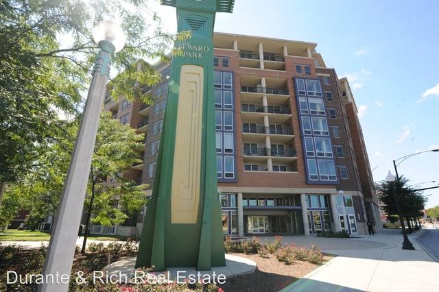 2 Bedrooms, Cabrini-Green Rental in Chicago, IL for $2,595 - Photo 1