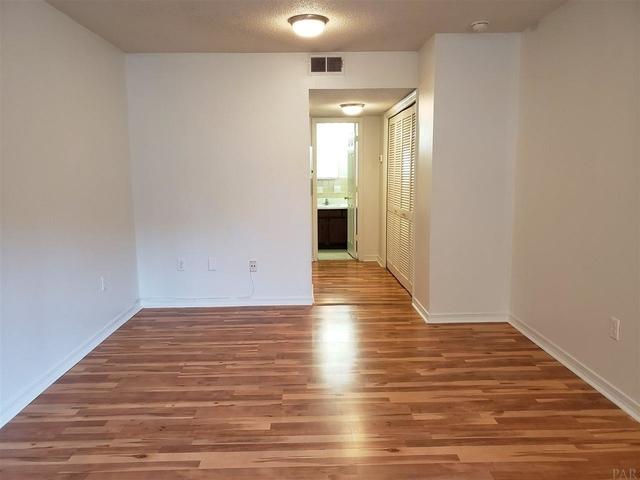 Studio, Downtown Pensacola Rental in Pensacola, FL for $595 - Photo 2