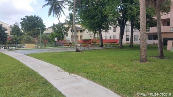 1 Bedroom, Blackwood Park Rental in Miami, FL for $1,274 - Photo 2