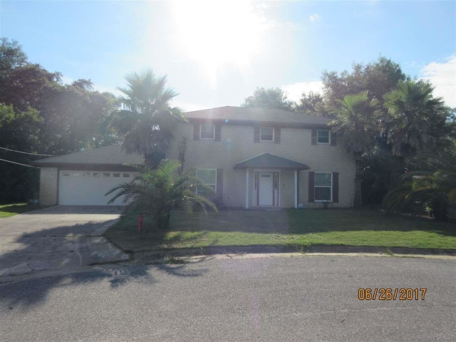 4 Bedrooms, Briarcliff Rental in Pensacola, FL for $1,400 - Photo 1