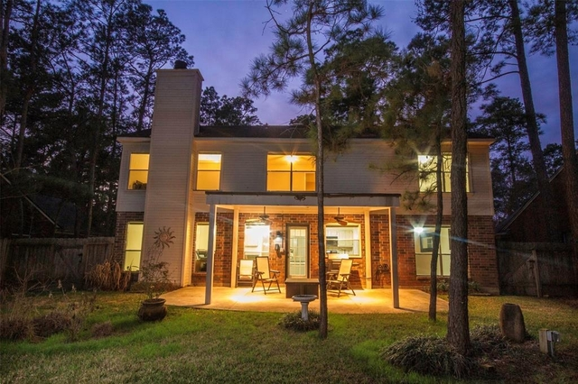 4 Bedrooms, Cochran's Crossing Rental in Houston for $1,700 - Photo 2
