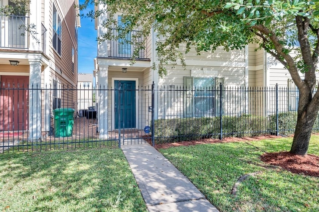 2 Bedrooms, Downtown Houston Rental in Houston for $1,999 - Photo 1